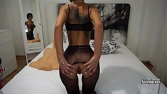 Mr Big sex-bomb Anisyia in fishnet bodysuit plays with sex-toys