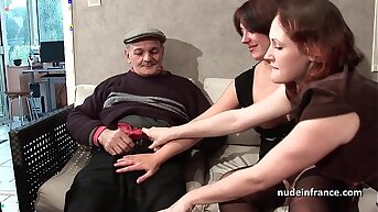 FFM Two french brunette sharing an old scrounger cock of Papy Voyeur