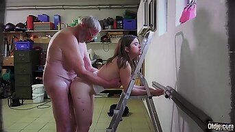 Superannuated Young Beautiful teen wench fucked by ugly Superannuated grandpa She likes sex
