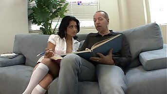 Big dick doting young distance from slut Andrea Kelly is fond of sucking cock and getting her pussy stretched