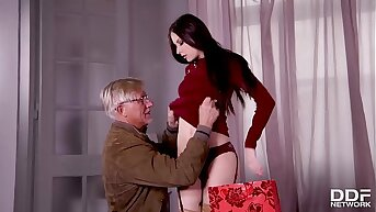 Young Milf Rebecca Volpetti's Grandpa fucks her tight asshole with old dig up