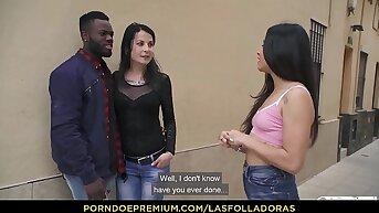 LAS FOLLADORAS - la caliente Jade Presley levanta a su amigo y se golpea el cerebro
