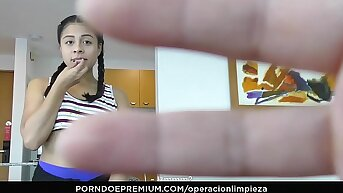 OPERACION LIMPIEZA - Colombian maid seduced and fucked hard unconnected with guv